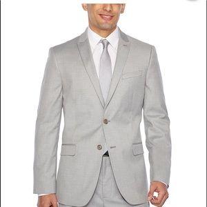 Men's Calvin Klein light gray suit 34R